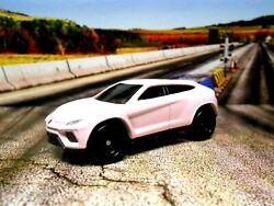 GLAM PINK 2020 Hot Wheels Custom Lamborghini Urus with Real Riders HW Exotics $30.00