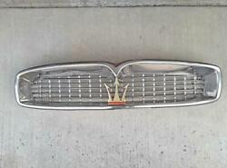Quattroporte I- Original Front Grill Assembly Background Mesh And Trident-xlnt