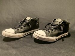 Unisex Converse Leather Mid Chuck Taylor All Star Kids Sz 4 $25.00