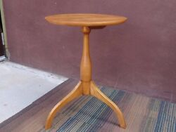 Original Vintage Cohasset Hagerty Colonial Cherry Wood Side Tea Lamp Hall Table