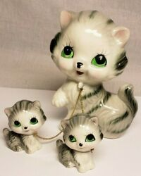 VINTAGE JAPAN MAMA CAT WITH TWO KITTENS ON A CHAIN CERAMIC FIGURINE FIGURE