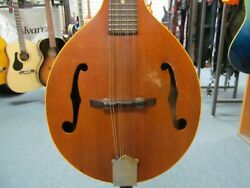 Gibson A-style Mandolin With Chipboard Case