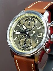 Victorinox Swiss Army Infantry Vintage 241448 Automatic Men's Watch Brand New