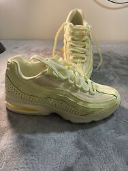 Nike Air Max 95 Gs Yellow Citron Aj1899-800 Size 7y / Womenand039s 8.5