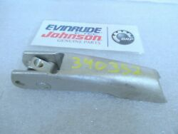 N13b New Omc Johnson Evinrude 340352 Clamp Factory Oem Boat Part
