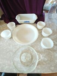 Kitchen Collectibles 1960's Anchor Hocking Blue Corn Flower Dish Pyrex Fire King