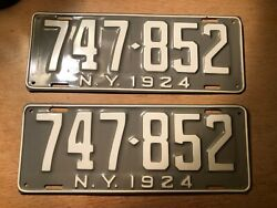 Mint New Old Stock 1924 Model T Original New York State License Plates Pair
