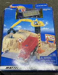 Mattel Wheels - Hot Wheels Construction Portable Play Set Rare Blue Truck
