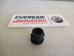 R71 Johnson Evinrude Omc 304026 Water Tube Grommet Oem New Factory Boat Parts