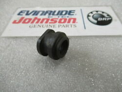 W13 Johnson Evinrude Omc 314331 Water Tube Grommet Oem New Factory Boat Parts