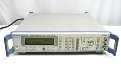 Rohde And Schwarz Sml01 Signal Generator 1090.3000.11 9khz To 1.1ghz