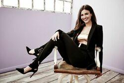 Victoria Justice Sitting On The Chair 8x10 Picture Celebrity Print