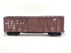 Accurail 4205 40' Outside Braced Wood Boxcar Chicago And North Western Anw 147388