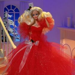1988 Happy Holidays Barbie - 1st In Collectible Series By Mattel