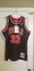 100 Authentic Scottie Pippen Mitchell And Ness 95/96 Bulls Jersey Size 44 L New