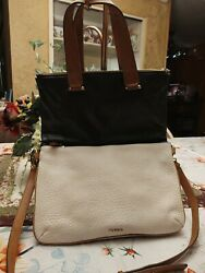 EUC Fossil Crossbody Large Black Cream Leather Foldover ExplorerTote Handbag $39.99
