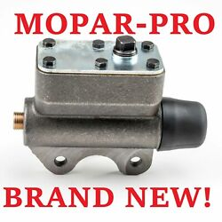 1940 Plymouth New Brake Master Cylinder Part Number 852