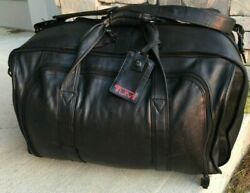 Tumi Beautiful Vintage Colombian Black Leather Expandable Carry On Weekend Bag