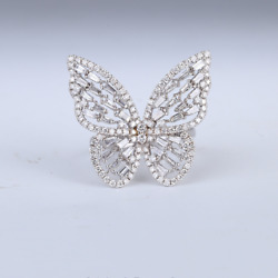 18ct White Gold Stunning Genuine Dimond Butterfly Cocktail Ring Vvs