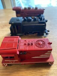 Lot Of 3 Trains Red Athearn 57, Maroon Macao 15 And A Old Black 98