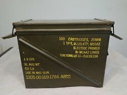 Vintage Small Arms Ammunition M61 20mm Electric Primed 100 Cartridges Ammo Box