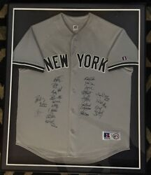 2009 New York Yankees Team Signed Jersey