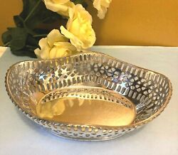 Vtg International Silver Co Oval Silverplated Basket Nuts Or Candy 6.5 L X 5w