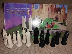 Vintage Conqueror Chess 4andfrac34 King Set Sculpted By Ganine Complete In Box No Board