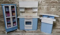 Barbie Vintage 1998 Mattel Real So Now Kitchen Stove Oven Sink Counter Hutch