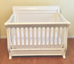 Legacy Classic Kids Madison White 4in1 Convertible Sleigh Crib Daybed Full Frame