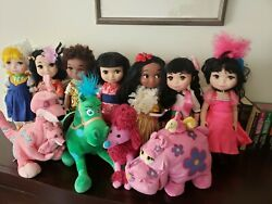 Disney It's A Small World Animator's Collection Singing Doll Lot Of 7 And Plush