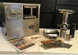 Norwalk Coldpress Juicer Model 280 Excellent Condition. Used Just Couple Times