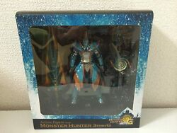 Monster Hunter 3 Tri G Fully Movable Action Figure Equipped With Lagia Hunter