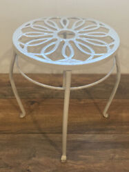 Vintage Wrought Iron Metal Plant Holder Stand 15 High 11.75 Diameter