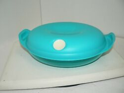 Tupperware Blue Heat-n-serve 4 3/4 Cups 1.1 L Microwave Container 5409a 5409-a