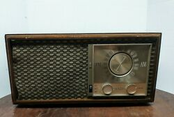 Vintage Zenith Am/fm Tube Radio Model No M730 Chassis7m04 Parts Or Repair