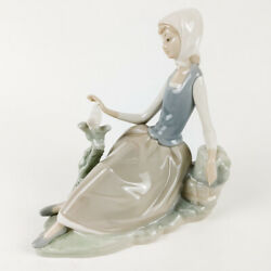 Vintage Lladro 4660 Figurine Shepherdess With Dove Retired Gloss Finish Second