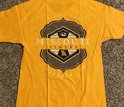 Missouri Tigers Mens T-shirt Small Gold Double Sided Graphic Spell Out Logo