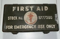 Vg Rare Ww2 Us Army Medical First Aid Kit Stock No 9777300 Jeep Complete