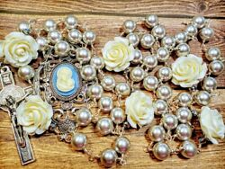 Vatican Style Tahitian Grey Silver Pearl Cream Roses Mary Cameo Benedict Rosary