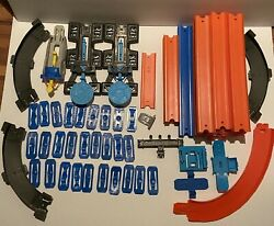 Hot Wheels Track Huge Lot Over 50' Plus Connectors And Thrusters 80+ Pieces