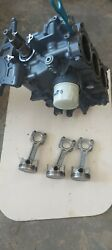 Suzuki 30 Hp Four Stroke Outboard Cylinder Block Assembly With Pistons 10-109