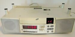Ge Spacemaker Kitchen Under Cabinet Am Fm Radio Cd Player And Light Rv Boat 7-4290