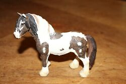 Schleich Clydesdale Male Draft Work Horse Figurine Germany / China