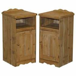 Stunning Pair Of Victorian Pine Bedside Table Pot Cupboards Or Lamp Wine Tables