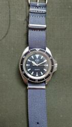 Cwc Menand039s Watch Royal Navy Divers Black Dial Round Military Watch W/ Case