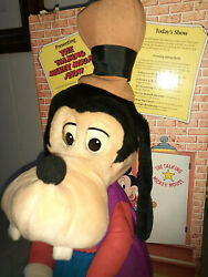 Disney Worlds Of Wonder Talking Goofy Mickey Mouse - Excellent Used Condition