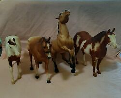 Lot Of 4 Breyer Horses Traditional Size