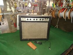 Vintage 1960and039s Airline Tube Amp Guitar Crunch Overdrive Vibrato Nice Foot Pedal