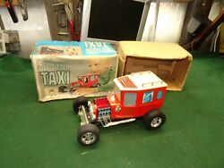 Old Timer Taxi, Battery Operated Vintage Tin Toy Made In Japan By Alps